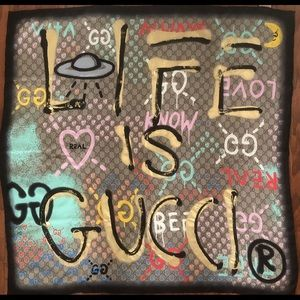 """Gucci Scarf - """"life is Gucci"""". Authentic"""